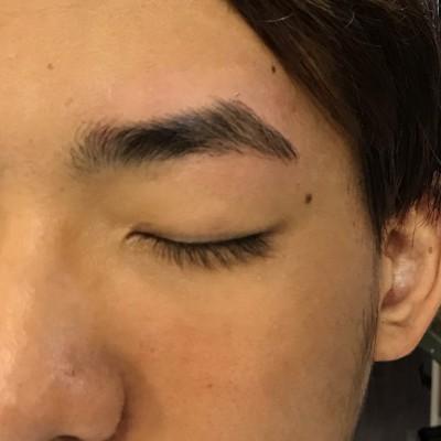 メンズは眉毛が命‼️眉毛のワックス脱毛bdbって知ってますか😳❓